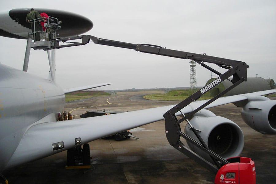 platformy-robocze-w-lotnictwie