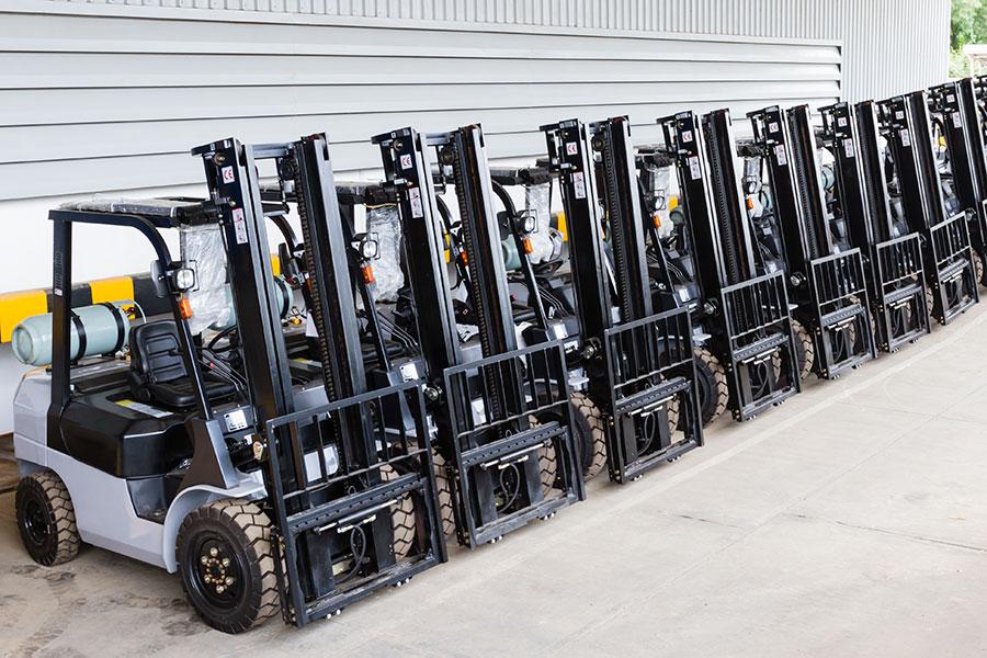 Wózki widłowe spalinowe - modele z butlą gazową