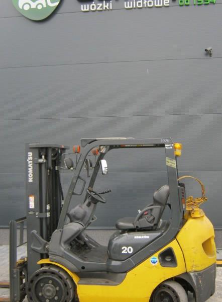 Wózek widłowy używany spalinowy KOMATSU FG20NT-16