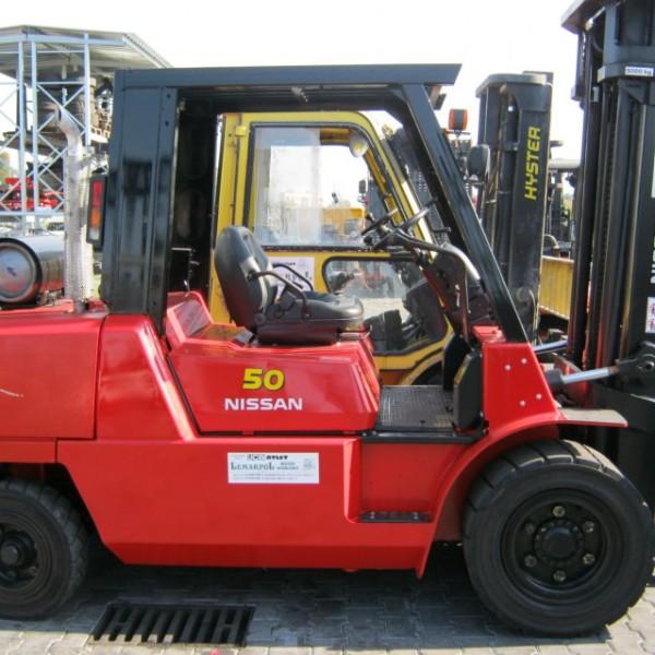 Wózek widłowy używany spalinowy NISSAN F04B50Q