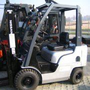Wózek widłowy używany NISSAN NP1F1A15D
