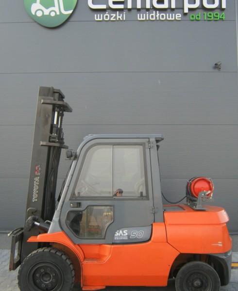 Używany wózek widłowy spalinowy LPG TOYOTA 02-7FG45b