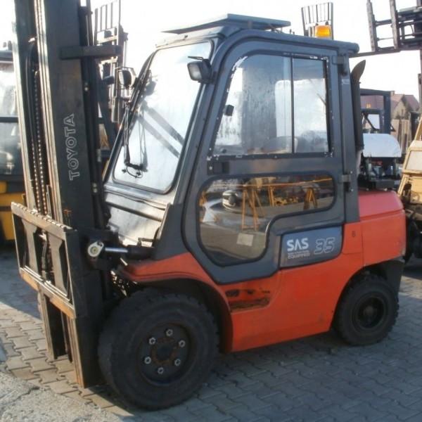 Wózek widłowy używany spalinowy LPG TOYOTA 02-7FGJF35