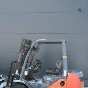 Wózek widłowy używany spalinowy TOYOTA-8FGL20