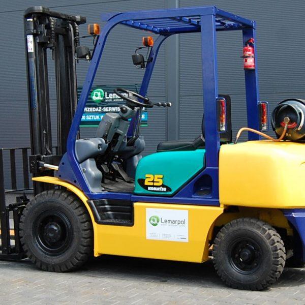Wózek widłowy używany spalinowy LPG KOMATSU FG25T-12