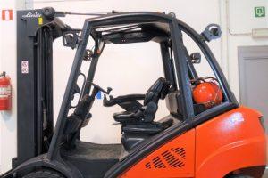 wozek-widlowy-uzywany-spalinowy-lpg-LINDE-H35T