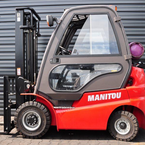 Wózek widłowy spalinowy MANITOU MI15D