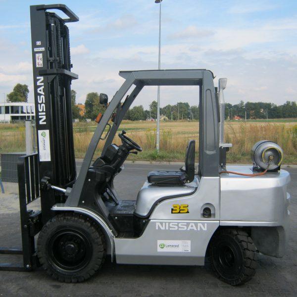 Wózek widłowy spalinowy LPG NISSAN UG1F2A35J