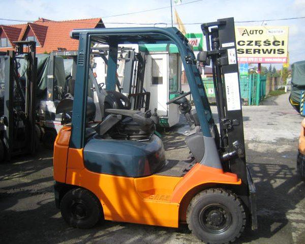Wózek widłowy używany spalinowy TOYOTA 02-7FG10
