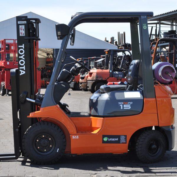 Wózek widłowy używany spalinowy LPG TOYOTA 7FGL15